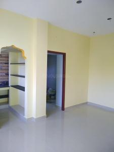 Gallery Cover Image of 660 Sq.ft 1 BHK Independent House for buy in Veppampattu for 2050000