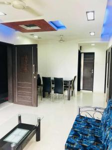 Gallery Cover Image of 900 Sq.ft 2 BHK Apartment for rent in Borivali West for 40000