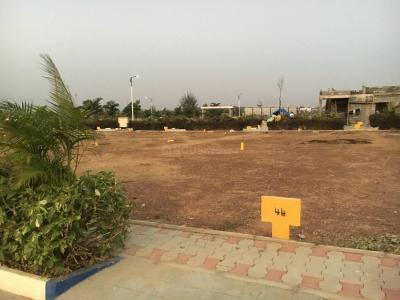 Gallery Cover Image of  Sq.ft Residential Plot for buy in Chandapura for 2565000