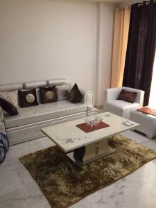 Gallery Cover Image of 1500 Sq.ft 3 BHK Independent Floor for rent in Vikaspuri for 55000
