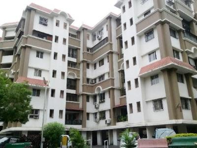 Gallery Cover Image of 1700 Sq.ft 3 BHK Apartment for rent in Wanwadi for 30000