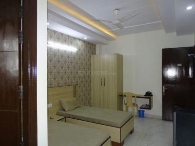 Bedroom Image of Niru PG in Sector 33