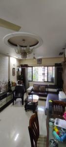 Gallery Cover Image of 860 Sq.ft 2 BHK Apartment for buy in Thane West for 10500000