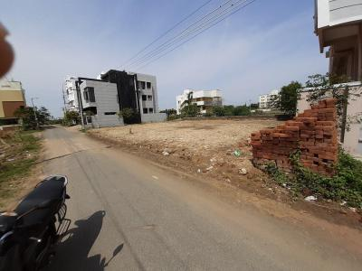Gallery Cover Image of 3300 Sq.ft Residential Plot for buy in Thoraipakkam for 16500000