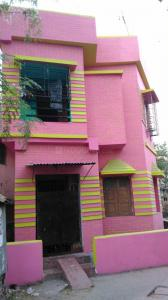 Gallery Cover Image of 800 Sq.ft 2 BHK Independent Floor for rent in South Dum Dum for 6500