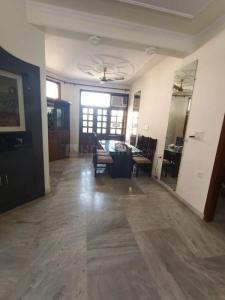 Gallery Cover Image of 1800 Sq.ft 3 BHK Apartment for rent in Sector 4 Dwarka for 30000