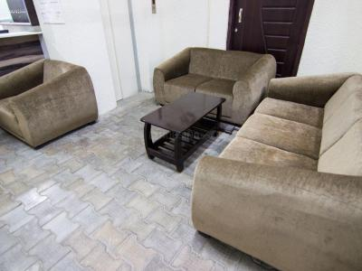 Gallery Cover Image of 1610 Sq.ft 3 BHK Independent Floor for buy in Vasundhara for 5500000