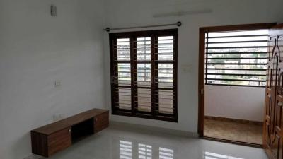 Gallery Cover Image of 1200 Sq.ft 2 BHK Apartment for rent in Thanisandra for 19000