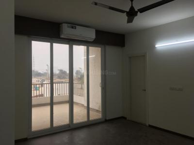 Gallery Cover Image of 2270 Sq.ft 3 BHK Apartment for rent in Sector 62 for 35000