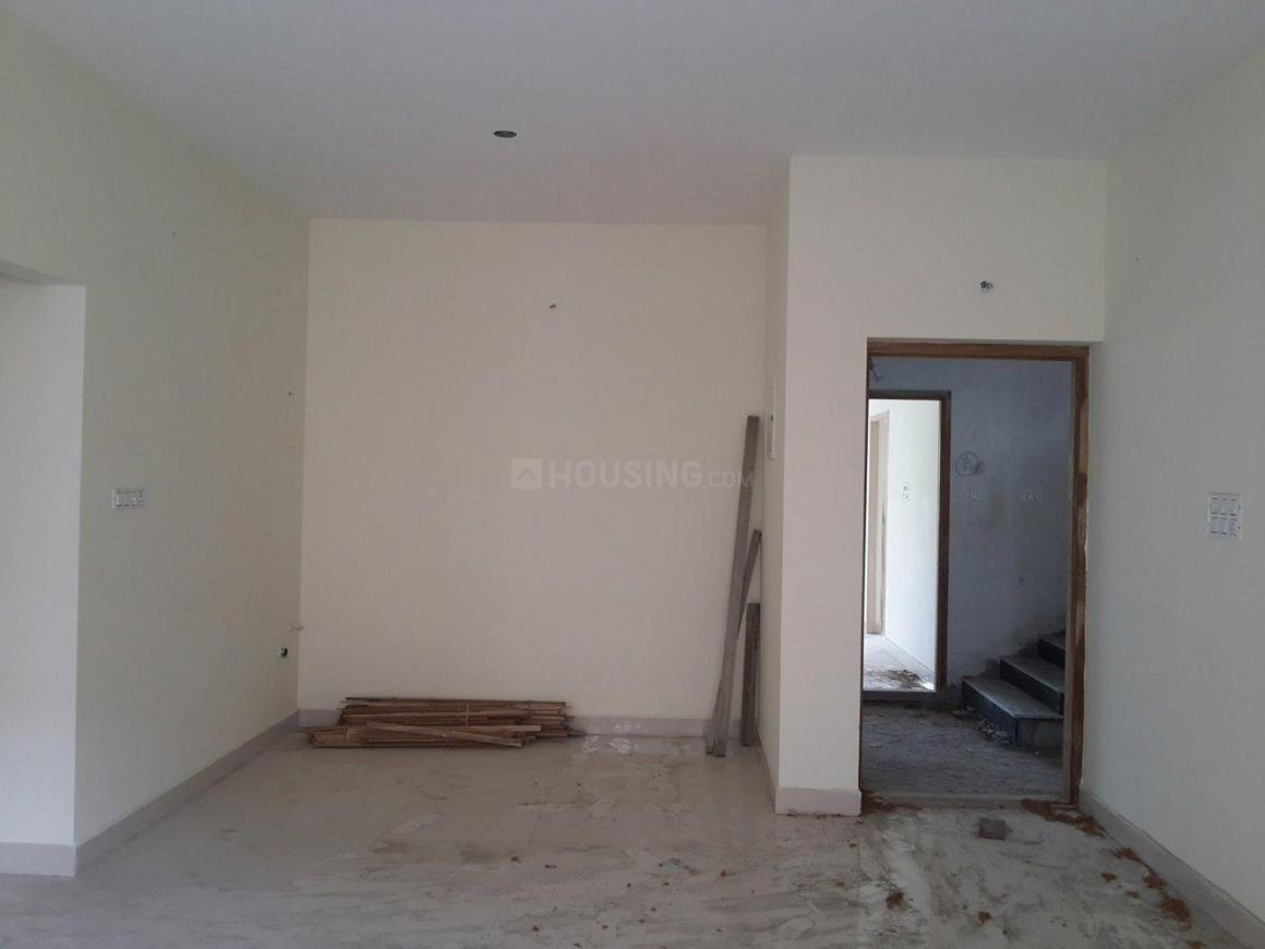 Living Room Image of 938 Sq.ft 2 BHK Apartment for buy in Pallikaranai for 5207842