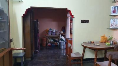 Gallery Cover Image of 1300 Sq.ft 2 BHK Independent House for rent in Pallavaram for 18000