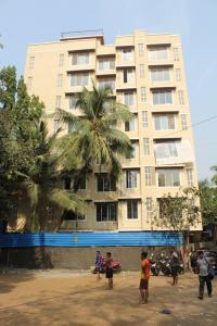 Gallery Cover Image of 850 Sq.ft 2 BHK Apartment for rent in Kush Sapphire, Andheri West for 42000