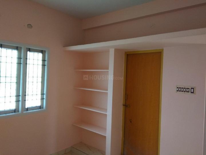 Bedroom Image of 896 Sq.ft 2 BHK Apartment for rent in Vetrivel Nagar for 7000