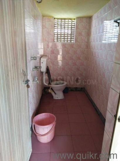 Common Bathroom Image of 1100 Sq.ft 1 BHK Independent House for rent in Garia for 6500
