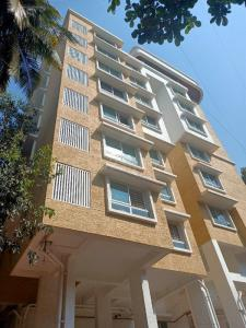 Gallery Cover Image of 1470 Sq.ft 3 BHK Apartment for rent in Tridhaatu Atharva Venkatesh Sadan, Chembur for 60000