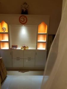 Gallery Cover Image of 1375 Sq.ft 2 BHK Apartment for rent in Sector 76 for 25000