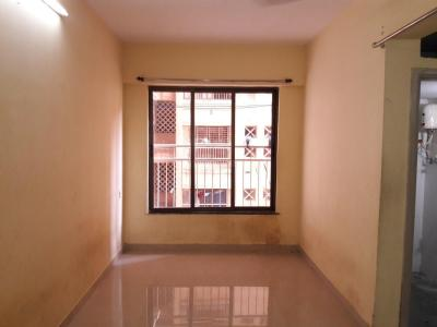 Gallery Cover Image of 520 Sq.ft 1 BHK Apartment for rent in Vighnaharta CHS, Parel for 27000