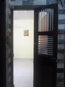 Gallery Cover Image of 550 Sq.ft 1 BHK Apartment for rent in Jogeshwari East for 25000