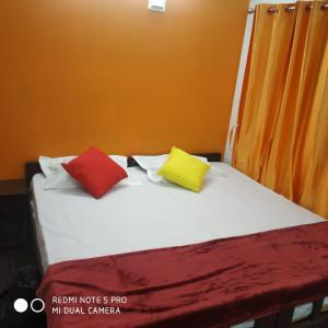 Bedroom Image of Shakthi Rooms in Nungambakkam