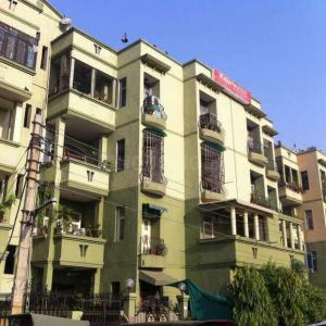 Gallery Cover Image of 1100 Sq.ft 3 BHK Apartment for rent in Nyay Khand for 15000