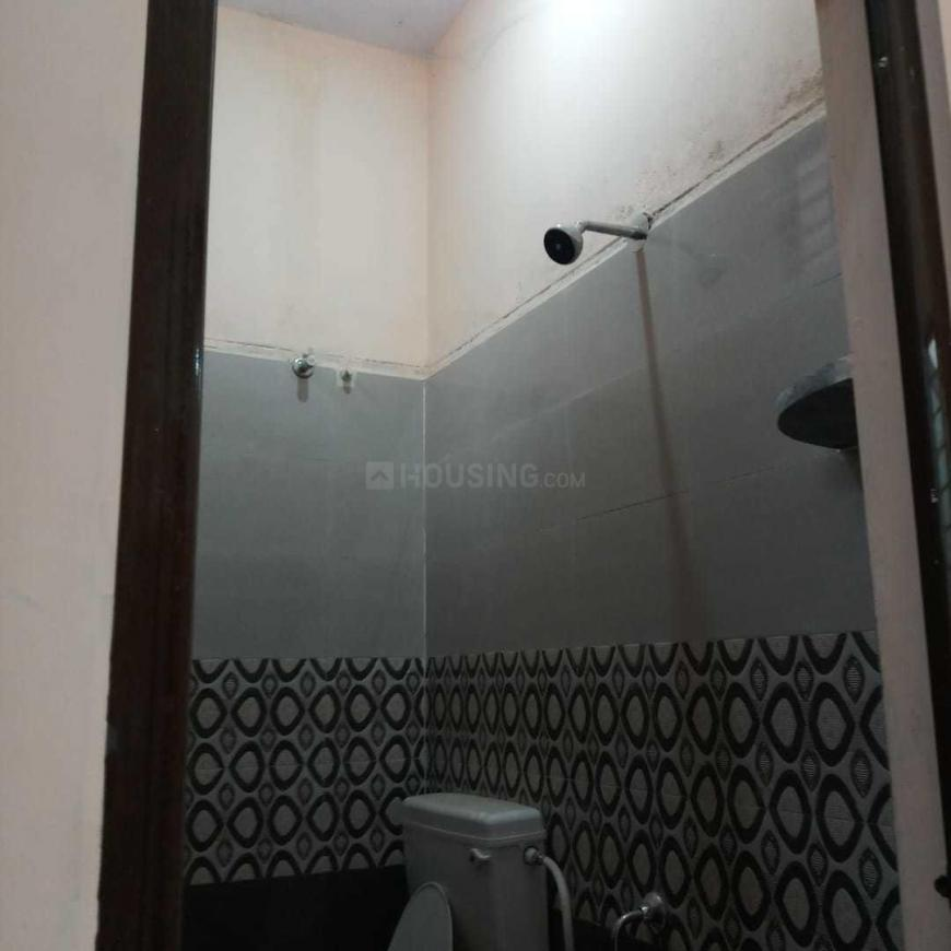 Bathroom Image of 1200 Sq.ft 2 BHK Independent House for buy in Kolathur for 6900000