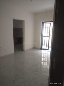 Gallery Cover Image of 740 Sq.ft 1 BHK Apartment for rent in Shree Rahde Camelot Housing Society, Viman Nagar for 25000
