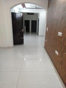 Gallery Cover Image of 4500 Sq.ft 3 BHK Independent Floor for rent in DLF Phase 3, DLF Phase 3 for 32000