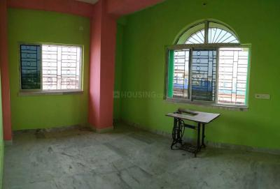Gallery Cover Image of 880 Sq.ft 2 BHK Apartment for rent in Baghajatin for 8000