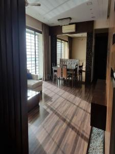 Gallery Cover Image of 1740 Sq.ft 3 BHK Apartment for rent in Goregaon West for 80000