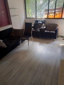 Gallery Cover Image of 750 Sq.ft 2 BHK Apartment for buy in Borivali West for 14400000