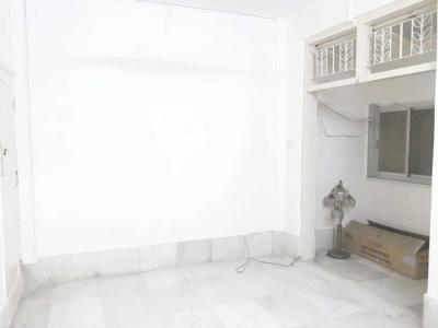 Gallery Cover Image of 1100 Sq.ft 2 BHK Apartment for rent in Bandra East for 60000