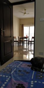 Gallery Cover Image of 1250 Sq.ft 2 BHK Apartment for rent in Hafeezpet for 26000
