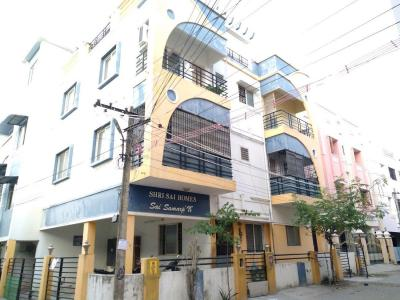 Gallery Cover Image of 800 Sq.ft 2 BHK Apartment for buy in Iyyappanthangal for 3300000