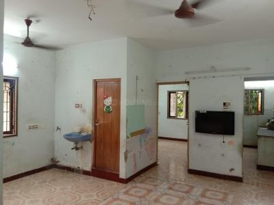 Gallery Cover Image of 840 Sq.ft 2 BHK Apartment for buy in Porur for 4000000