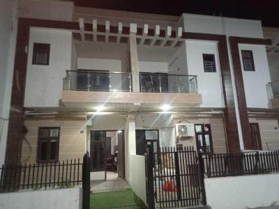 Gallery Cover Image of 1350 Sq.ft 3 BHK Villa for buy in Noida Extension for 4500000