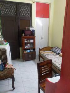 Gallery Cover Image of 1000 Sq.ft 3 BHK Independent Floor for buy in Shakti Khand for 4300000
