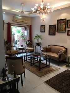 Gallery Cover Image of 1950 Sq.ft 3 BHK Apartment for buy in Saket for 25500000