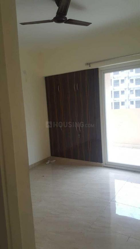 Bedroom Image of 899 Sq.ft 2 BHK Apartment for rent in Noida Extension for 9500