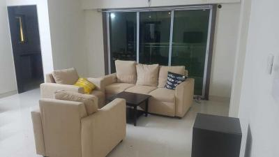 Gallery Cover Image of 1500 Sq.ft 3 BHK Apartment for rent in Vile Parle West for 110000