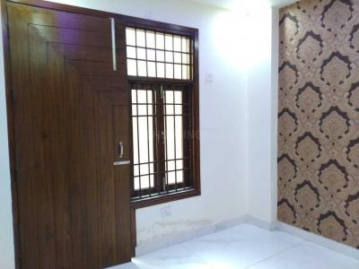 Gallery Cover Image of 700 Sq.ft 2 BHK Apartment for rent in Razapur Khurd for 8500