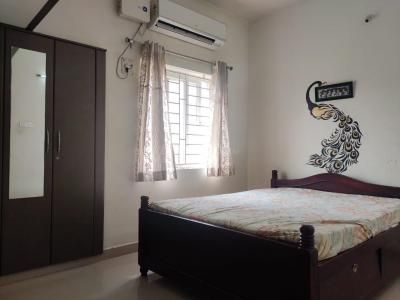 Gallery Cover Image of 1000 Sq.ft 1 BHK Apartment for rent in  South kolathur for 13000