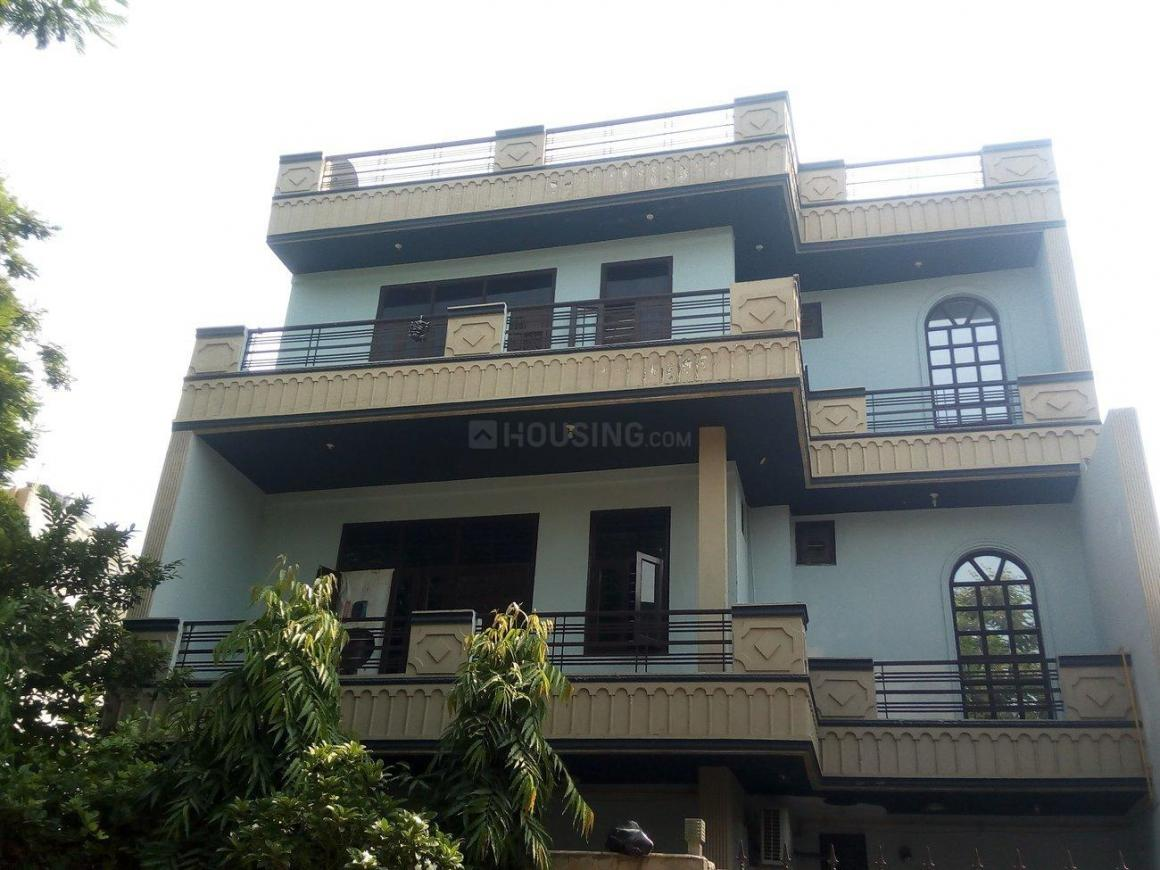 Building Image of 1722 Sq.ft 2 BHK Independent Floor for rent in Sector 31 for 11000