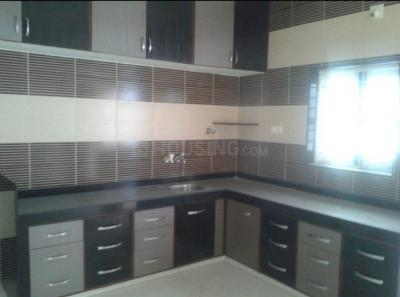 Gallery Cover Image of 2000 Sq.ft 4 BHK Independent House for rent in Ghatlodiya for 40000