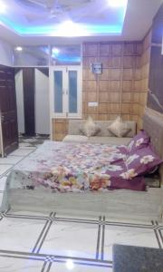 Gallery Cover Image of 350 Sq.ft 1 RK Apartment for buy in Prithvi Sales Sapphire, Sector 104 for 1000000