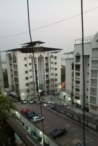 Gallery Cover Image of 1100 Sq.ft 2 BHK Apartment for buy in Belapur CBD for 16000000