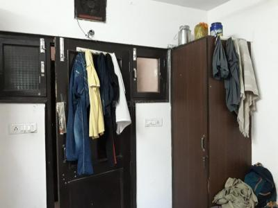 Bedroom Image of Delhi Royal PG Girl's & Boy's in Mukherjee Nagar