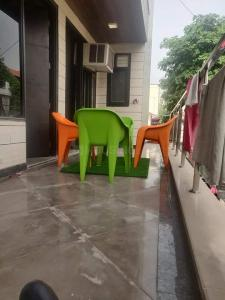 Balcony Image of Mannat PG Life in Sector 16