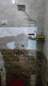 Bathroom Image of PG 3806094 Sector 24 in DLF Phase 3