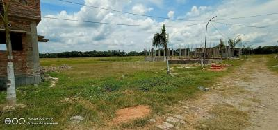 Gallery Cover Image of  Sq.ft Residential Plot for buy in Bara Gagan Gohalia for 216000