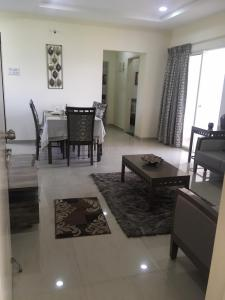 Gallery Cover Image of 1117 Sq.ft 2 BHK Apartment for buy in Wagholi for 4120500
